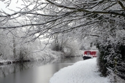canal-in-winter